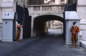 Come Si Vive All Interno Del Vaticano