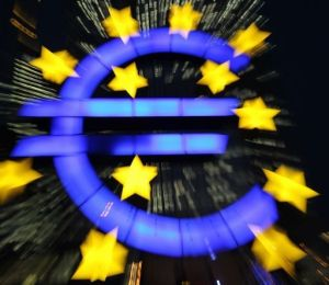 Ue: Italia migliora rapporto deficit-Pil: 2,9% nel 2013 e 2,5% nel 2014, ma disoccupazione crescera' al 12,2% nel 2014