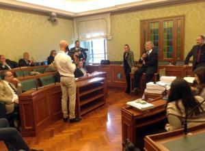 Beppe Grillo a sorpresa negli uffici del M5S in Senato
