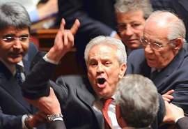 ITALY-POLITICS-PRODI-GOVERNMENT-CRISIS