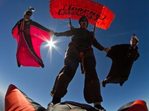 wingsuit-canopy-640x480